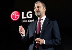 ទូរទស្សន៍ស្តើង LG W-Series បង្ហាញខ្លួនៅក្នុងព្រឹតិ្តការណ៏ពិភពលោក CES 2017 ធ្វើអោយមានការចាប់អារម្មណ៍ខ្លាំង
