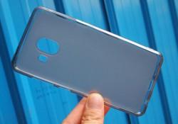 សម្បកទូរស័ព្ទសម្រាប់កាមេរ៉ាភ្លោះដំបូងបំផុតរបស់ក្រុមហ៊ុន Samsung ដែលបានបែកធ្លាយនៅលើអនឡាញមិនមែនជារបស់ Galaxy Note 8 នោះទេ