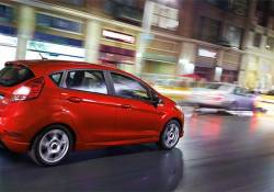 11 ចំណុចដែលធ្វើឲ្យរថយន្ត Ford Fiesta មានសមត្ថភាព និងស័ក្ដិសមបំផុតសម្រាប់បើកបរនៅក្នុងទីក្រុង