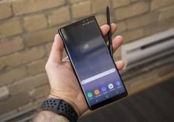 Galaxy X ស្មាតហ្វូនដែលអាចបត់បានរបស់ Samsung ត្រូវបានគេដឹងថា នឹងមានភាពស្រស់ស្អាតស្រដៀងគ្នាទៅនឹងស្មាតហ្វូន Galaxy Note 8 អញ្ចឹង
