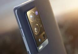 vivo X60 Pro+ ចេញផ្លូវការណ៍ហើយ គឺប្រើសែនស័រកាមេរ៉ាគោលពីរគ្រាប់ផ្សេងគ្នាទំហំ 48MP+50MP មានអេក្រង់ OLED 120Hz និងប្រើឈីប Snapdragon 888