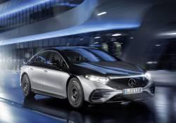 ក្រុមហ៊ុន Mercedes-Benz ប្រកាសចេញនូវគំរូរថយន្តអគ្គិសនី EQS ឆ្នាំ 2022 របស់ខ្លួន រូបរាងថ្មីទាក់ទាញមែនទែន